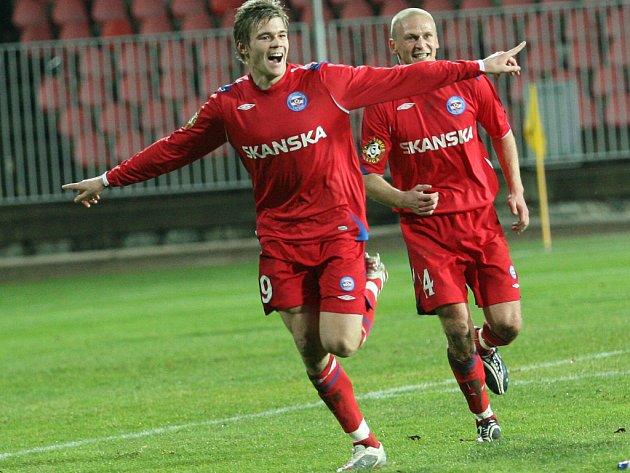Luboš Kalouda v zápase se Spartou, v němž vstřelil dva góly.