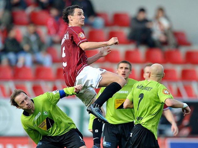 Sparta porazila Most 3:0 a odskočila v tabulce Slavii na rozdíl tří bodů.