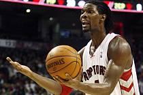 Toronto dovedl k výhře nad Detroitem Chris Bosh.