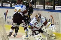 Hokejisté Karlových Varů porazili Spartu 2:1 v prodloužení.