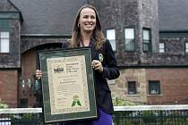 Bývalá tenistka Martina Hingisová byla v Newportu uvedena do Síně slávy.