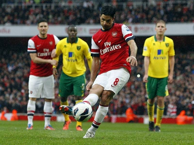 Mikel Arteta ještě coby aktivní fotbalista v dresu londýnského Arsenalu.