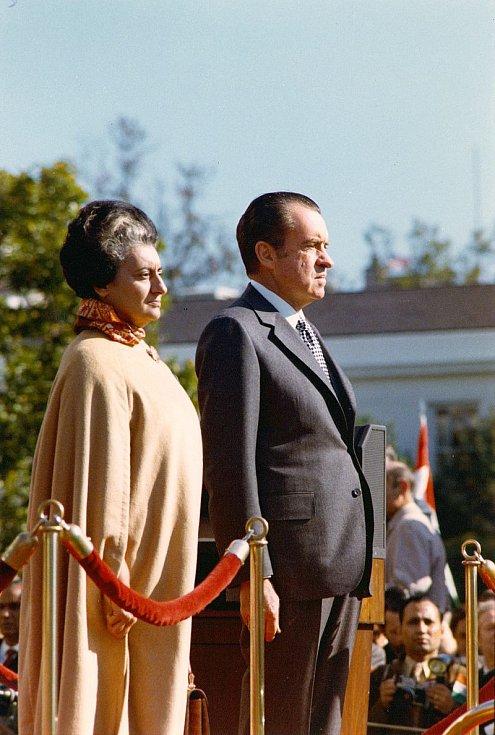 Indira Gándhiová po boku amerického prezidenta Richarda Nixona