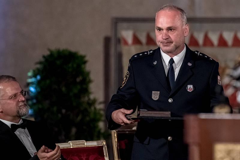 Prezident Miloš Zeman na státní svátek 28. října předával státní vyznamenání ve Vladislavském sále Pražského hradu. Haase