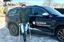 Trojnásobná olympijská vítězka v rychlobruslení Martina Sáblíková si při tréninku zlomila nártní kost na pravé noze.