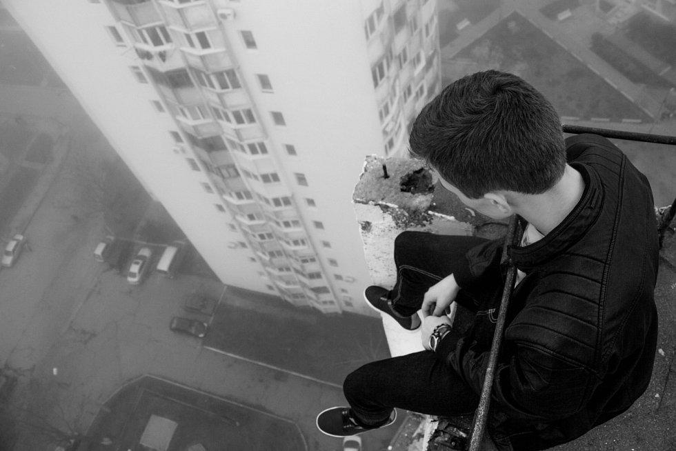 Častým způsobem sebevraždy je skok z výšky