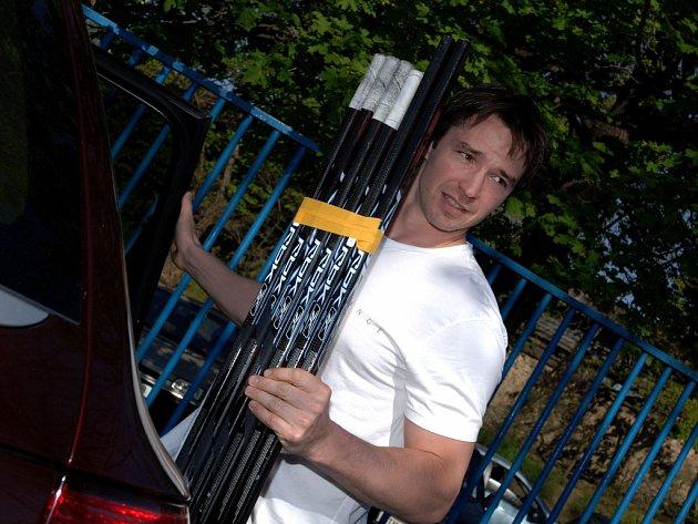 Hokejista Petr Čajánek v letošní sezoně hájí dres Dynama Moskva.