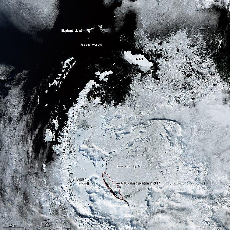 Ledová kra A68 urazila cestu zhruba 1400 kilometrů, než se rozpadla.