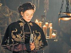 V titulní roli. Anna Friel jako Alžběta Báthoryová.