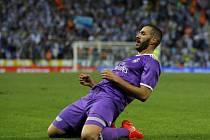 Karim Benzema z Realu Madrid se raduje z gólu proti Espaňolu Barcelona.