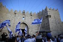 Desítky tisíc Izraelců pochodovaly v rámci oslav Dne Jeruzaléma ulicemi tohoto města