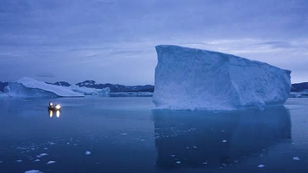 Ledovec na východě Grónska. Ilustrační snímek