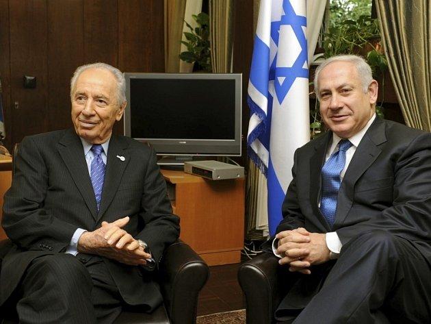 Novou izraelskou vládu se má pokusit sestavit Benjamin Netanjahu. Izraelský prezident Šimon Peres ještě v pátek požádal vůdce pravicové strany Likud Benjamina Netanjahua o zformování nové izraelské vlády, oznámila Perezova prezidentská kancelář.