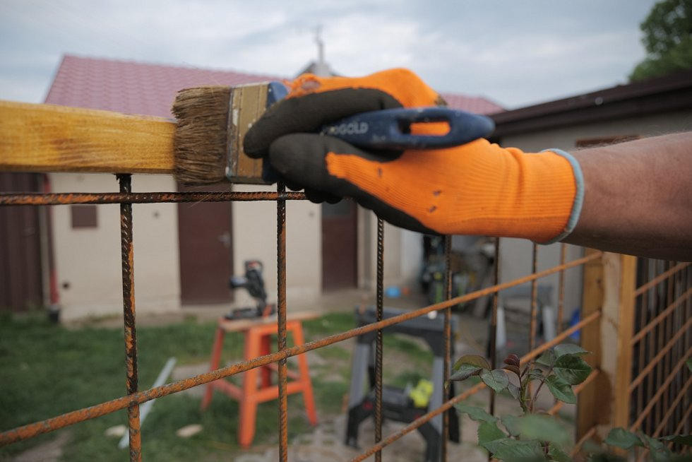 Stavba nového plotu podle názorné ukázky