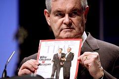 Časopis Time v rukou bývalého kongresmana Newta Gingriche