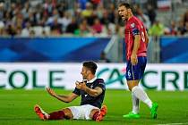 Olivier Giroud v utkání proti Srbsku