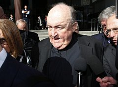 Bývalý arcibiskup Philip Wilson