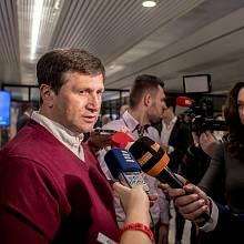 Sledování výsledků druhého kola prezidentských voleb ve štábu Jiřího Drahoše 27. ledna v Praze. Jan Hrušínský