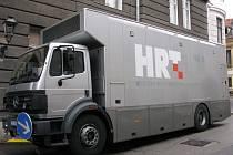 Přenosový vůz chorvatské veřejnoprávní televize HRT.