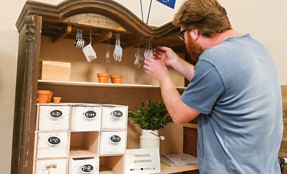 V Petrovicích otevřeli semínkovnu na začátku letošního září.