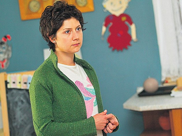 Hanka. Martha Issová v roli mladé matky, která se snaží zachránit svůj svět...