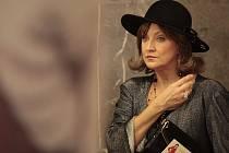 Zlata Adamovská jako Scarlett v seriálu Vyprávěj
