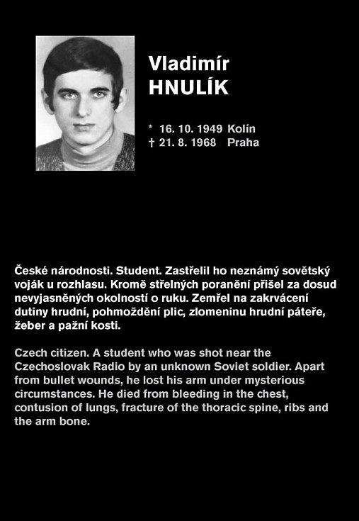 Uživatelé sociálních sítí začali na protest proti Grospičovu vyjádření sdílet na Facebooku a Twitteru příběhy skutečných obětí srpna 1968