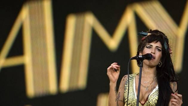 Zpěvačka Amy Winehouse.