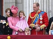 Catherine, vévodkyně z Cambridge a její manžel, princWilliam s dětmi Georgem a Charlotte.