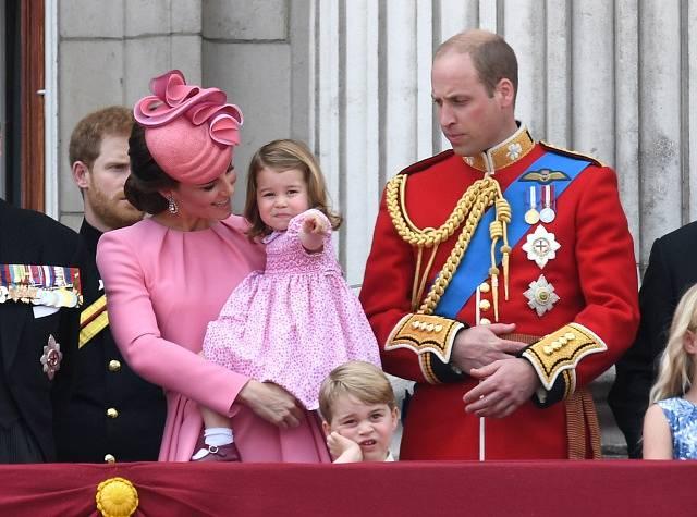 Catherine, vévodkyně z Cambridge a její manžel, princWilliam s dětmi Georgem a Charlotte