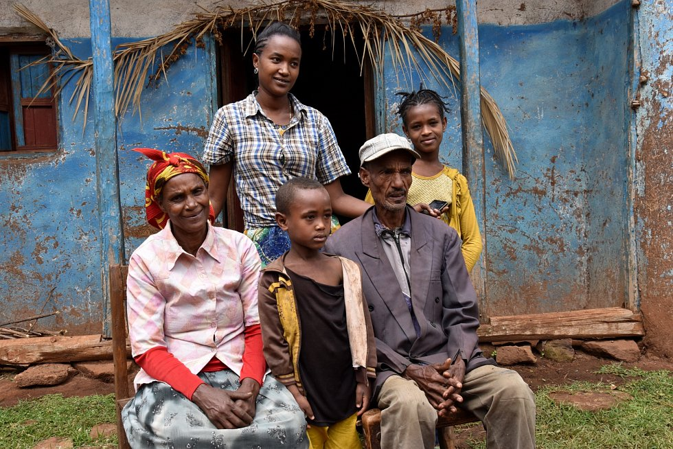 Paní Turunge z Etiopie má díky české pomoci konečně přístup k pitné vodě.