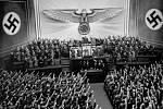 Adolf Hitler při projevu na zasedání Říšského sněmu 6.10.1939.