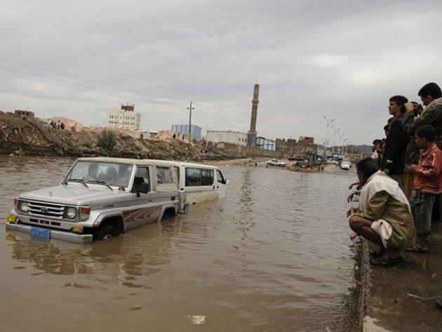 Záplavy v Jemenu.