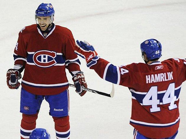 Tomáš Plekanec (vlevo) a Roman Hamrlík zajistili Montrealu další vítězství.