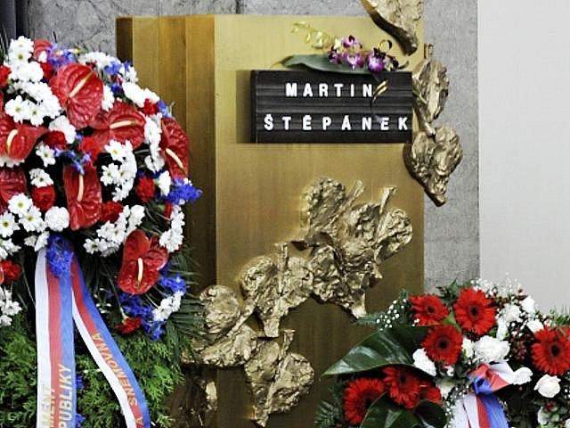 Poslední rozloučení s hercem a bývalým ministrem kultury Martinem Štěpánkem se konalo v pátek 24. září 2010 v obřadní síni strašnického krematoria v Praze.
