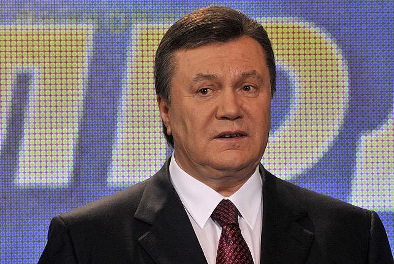 Ukrajinský správní soud ve středu pozastavil platnost výsledků nedávných prezidentských voleb do té doby, dokud nebude posouzeno odvolání poražené Julije Tymošenkové. Ta chce dosáhnout toho, aby vítězství Viktora Janukovyče bylo prohlášeno za neplatné.