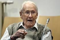 Bývalý dozorce v koncentračním táboře Osvětim Oskar Gröning se třikrát zúčastnil selekce Židů na práceschopné a určené k okamžité likvidaci.