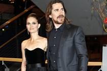 Natalie Portman a Christian Bale.