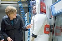 Berlínský Institut Roberta Kocha dnes zahájil provoz nové vysoce zabezpečené laboratoře, která umožní výzkum mimořádně nakažlivých chorob, například eboly.