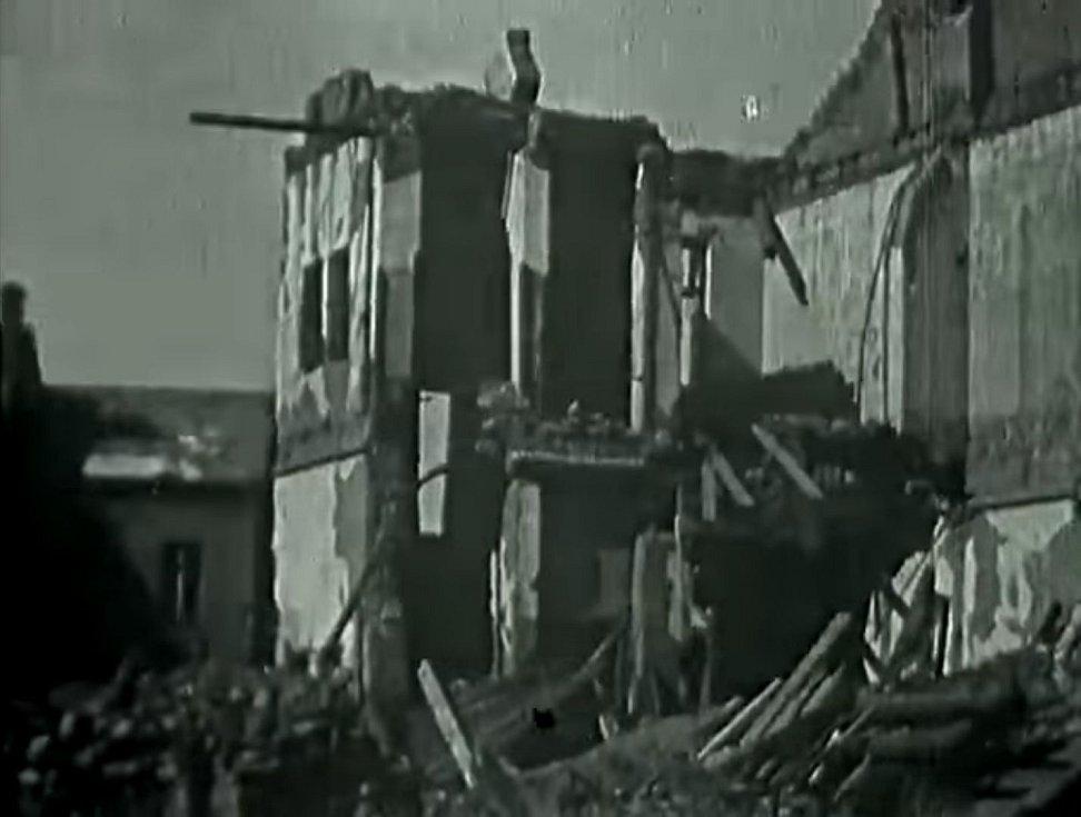 Plzeň zažila během 2. světové války 11 náletů spojeneckého bombardovacího letectva. Zničeno bylo přes 6000 domů a zabita necelá tisícovka plzeňských občanů