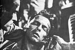Frank Sinatra ve své nejslavnější vedlejší roli vojáka Maggia ve slavném snímku Odtud až na věčnost. O jeho obsazení do této role se dodnes vyprávějí legendy