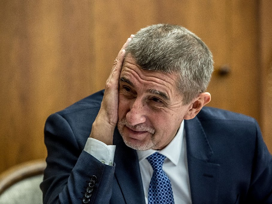 PODVEDLI MĚ. Andrej Babiš je znechucený chováním koaličních partnerů. Podle něj ho oklamali, když účinnost zákona o střetu zájmů vztáhli už na současné ministry.