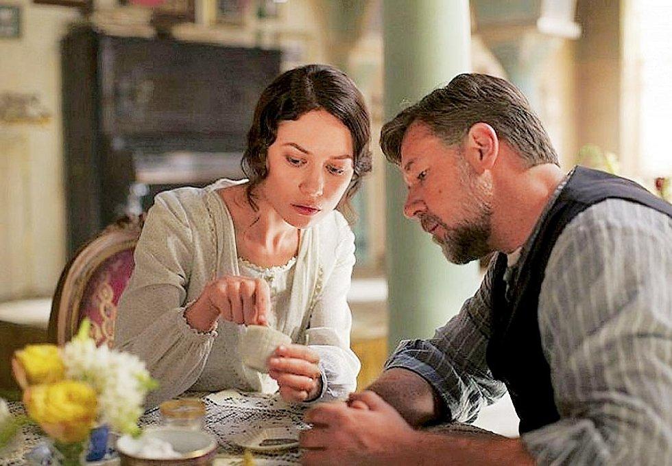 S Russellem Crowem ve snímku Cesta naděje (2014).