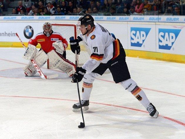 Trojka letošního draftu NHL Leon Draisaitl.