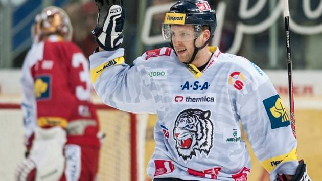 Tomáš Pospíšil z Liberce se raduje z gólu proti Slavii.