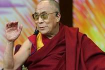 Tibetský duchovní vůdce dalajlama na archivním snímku.