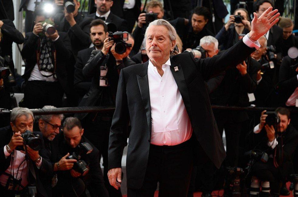 Alain Delon v Cannes