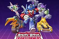 Mobilní hra Angry Birds: Transformers.