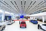 Jeden z čínských autosalonů nabízející vozy značky Geely