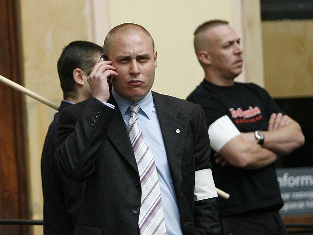 Příznivci Národní strany pochodovali Prahou.